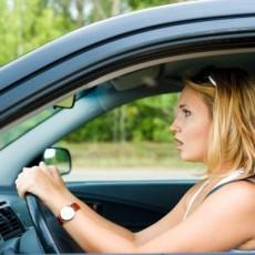 Какую машину купить начинающему водителю?