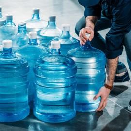 Как выбрать компанию по доставке воды